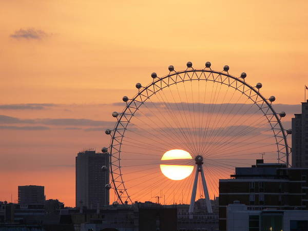 Horizontal Poster featuring the photograph Sunset Viewed Through The London Eye by Photograph by Lars Plougmann