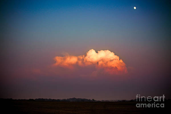 ryankellyphotography@gmail.com Poster featuring the photograph Thunderhead At Dusk by Ryan Kelly