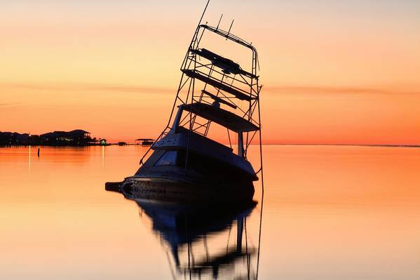 Shipwrecked In Navarre Print featuring the photograph Shipwrecked In Navarre by JC Findley