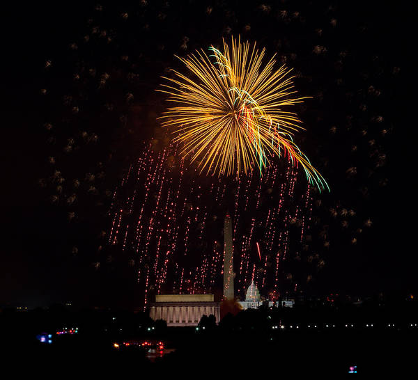 4th Of July Print featuring the photograph Dc Celebration by David Hahn