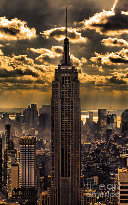 Empire State Building Print featuring the photograph Brilliant But Hazy Manhattan Day by John Farnan