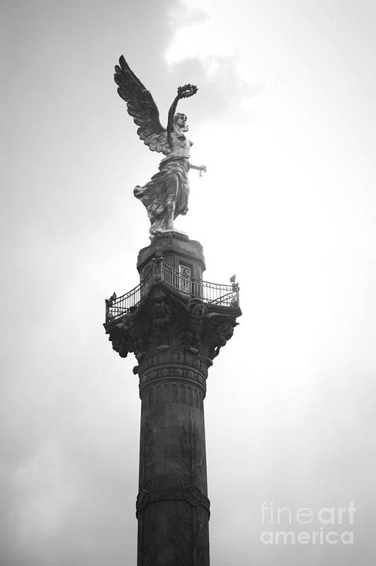 Mexico Print featuring the photograph Angel Of Independence Bw by L E Jimenez