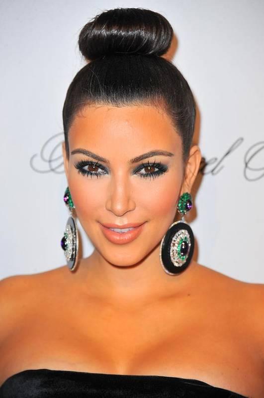 Kim Kardashian Print featuring the photograph Kim Kardashian At Arrivals For The by Everett