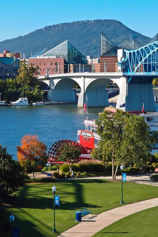 Market Street Bridge Print featuring the photograph Chattanooga Landmarks by Tom and Pat Cory