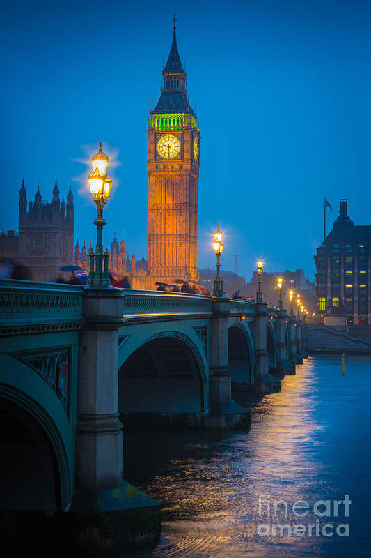 Big Ben Print featuring the photograph Westminster Bridge At Night by Inge Johnsson