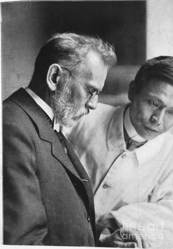 Ehrlich Print featuring the photograph Ehrlich And Hata, Discovered Syphilis by Science Source
