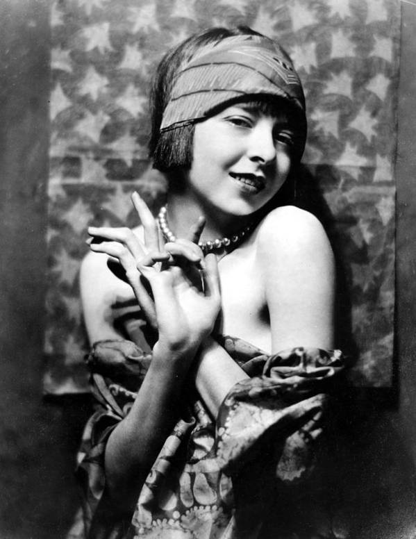 1920s Fashion Print featuring the photograph Colleen Moore, Around 1927 by Everett