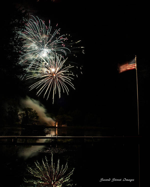 Fireworks Print featuring the photograph Lakeview Summerfest 2013 by Jack Johnson
