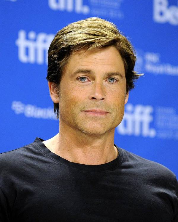 Rob Lowe Print featuring the photograph Rob Lowe At The Press Conference by Everett