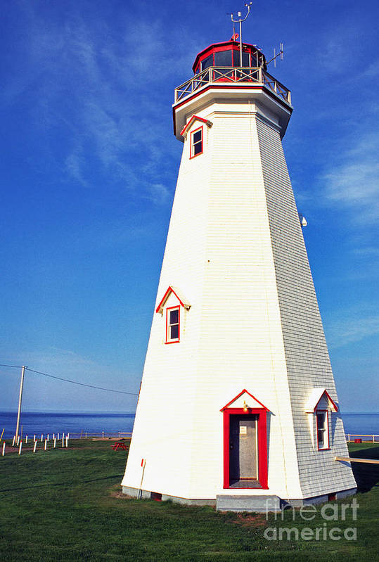 East Point Lightstation Print featuring the photograph East Point Lightstation Pei by Thomas R Fletcher