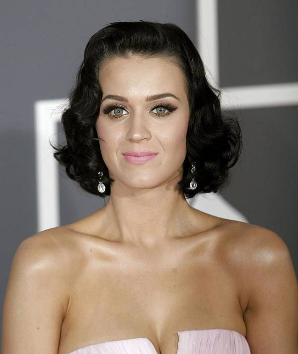 Arrivals - 51st Annual Grammy Awards Print featuring the photograph Katy Perry At Arrivals For Arrivals - by Everett