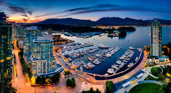 Vancouver Print featuring the photograph Coal Harbour In Vancouver by Alexis Birkill