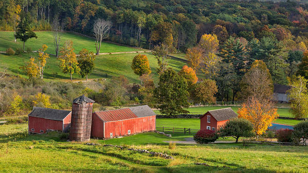 New England Barn Print featuring the photograph Autumn Light by Bill Wakeley