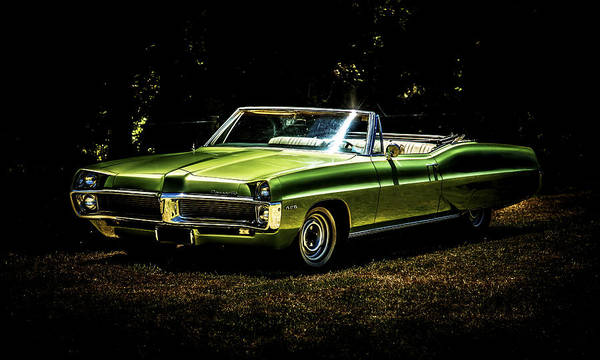 Pontiac Bonneville Print featuring the photograph 1967 Pontiac Bonneville by motography aka Phil Clark