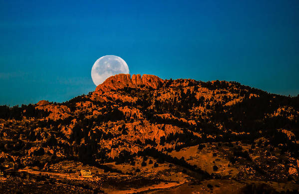 Landscape Print featuring the photograph Moon Setting Behind Horsetooth Rock At Sunrise by Harry Strharsky