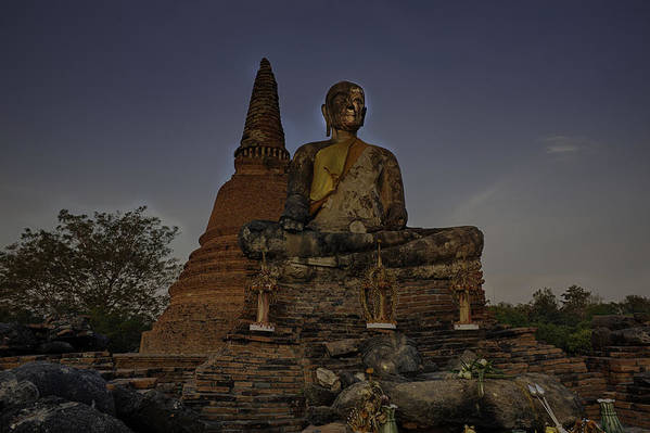 Spirituality Print featuring the photograph Ayuthaya Thailand by David Longstreath