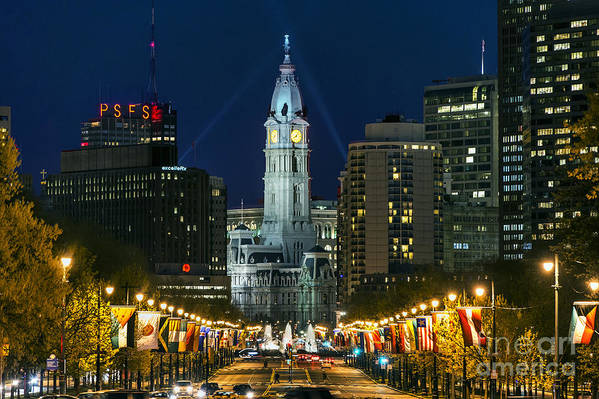 Ben Franklin Parkway Print featuring the photograph Ben Franklin Parkway And City Hall by John Greim