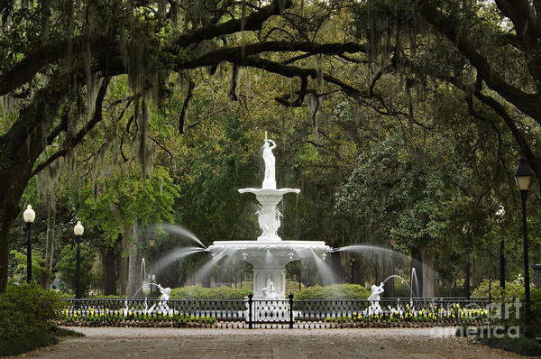 Forsyth Print featuring the photograph Forsyth Park Fountain - D002615 by Daniel Dempster