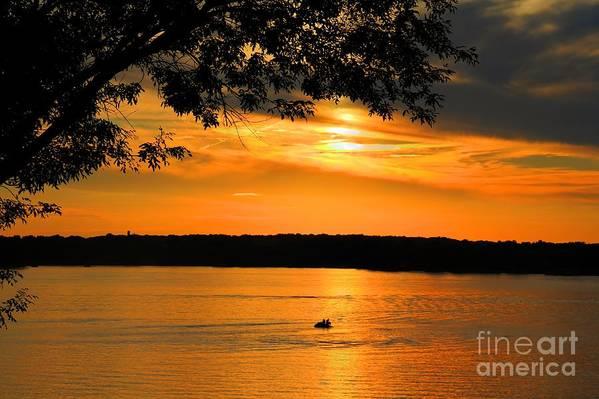Sunsets/sunrises Print featuring the photograph Lake Panarama Sunset by Bob Hislop