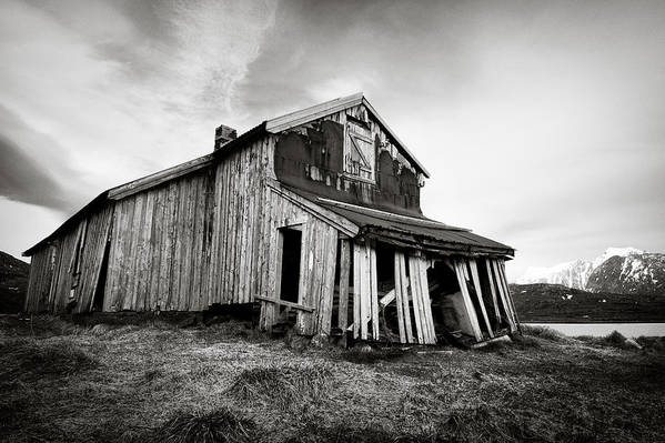 Barn Print featuring the photograph Old Barn by Dave Bowman