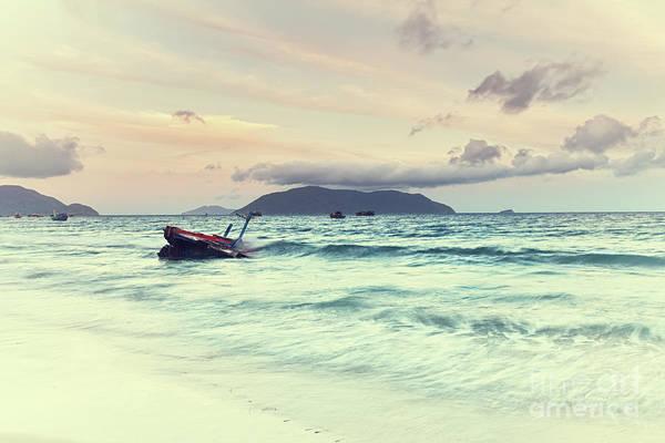 Beach Print featuring the photograph Sunrise by MotHaiBaPhoto Prints