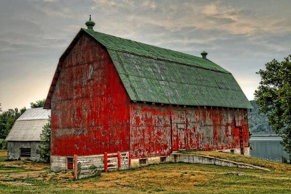 Barn Print featuring the photograph Fading by Tim Wilson