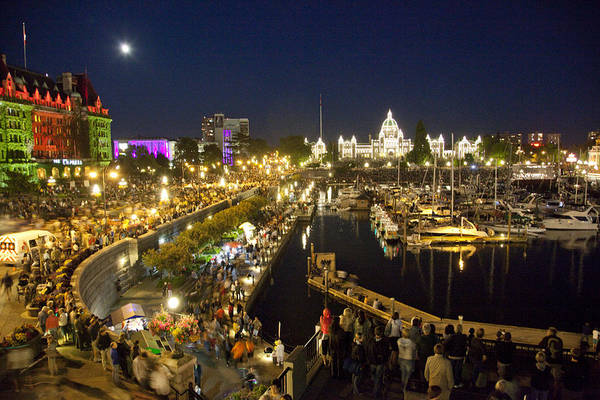 Victoria Print featuring the photograph The Inner Harbor On A Busy Summer by Taylor S. Kennedy