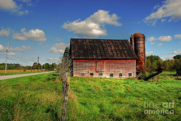 Barn Print featuring the photograph Ashtabula County Barn by Tony Bazidlo