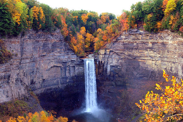 Taughannock Print featuring the photograph Taughannock Waterfalls In Autumn by Paul Ge