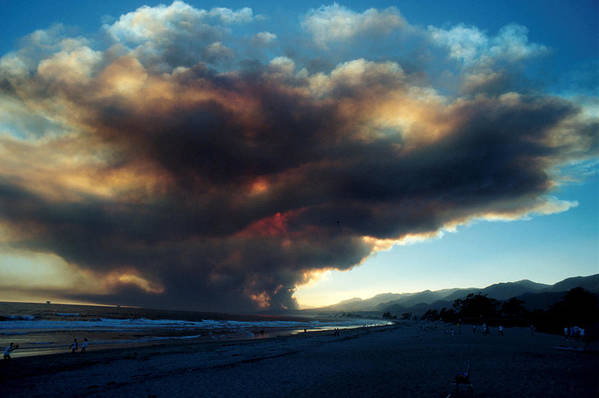 Santa Barbara Print featuring the photograph The Santa Barbara Fire by Jerry McElroy