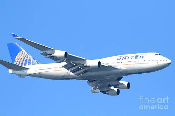 Transportation Print featuring the photograph United Airlines Boeing 747 . 7d7852 by Wingsdomain Art and Photography