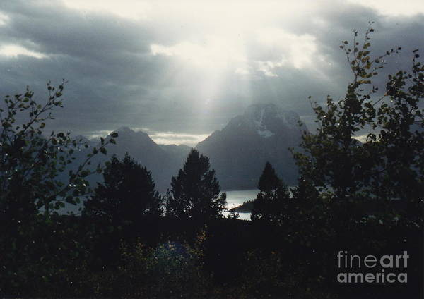 Light Rays Print featuring the photograph Heavenly Rays by Barbara Plattenburg