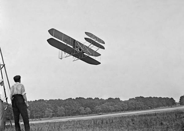 History Print featuring the photograph Wrights Airplane In Army Trial Flights by Everett