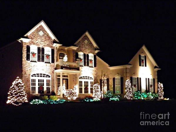 House Print featuring the photograph Decorated For Christmas by Sarah Loft