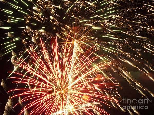 4th Print featuring the photograph 4th Of July Fireworks by Joe Carini - Printscapes