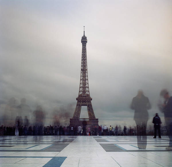 Horizontal Print featuring the photograph Eiffel Tower And Crowds by Zeb Andrews