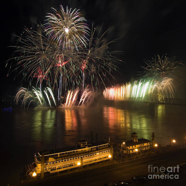 Thunder Print featuring the photograph Thunder Over Louisville - D008432 by Daniel Dempster