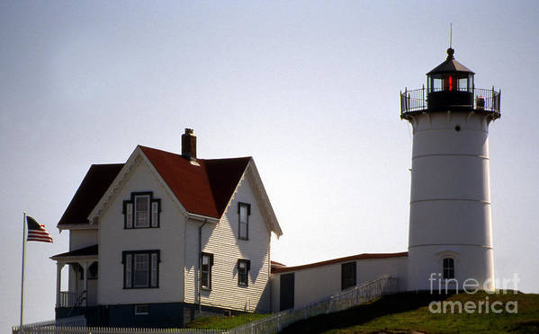 Lighthouses Print featuring the photograph Cape Neddick Lighthouse by Skip Willits