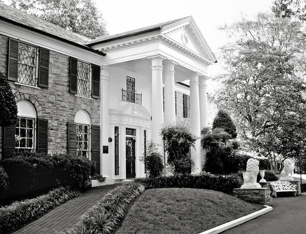 Mansion Print featuring the photograph A Bit Of Graceland by Julie Palencia