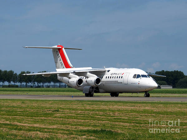 737 Print featuring the photograph Cityjet British Aerospace Avro Rj85 by Paul Fearn