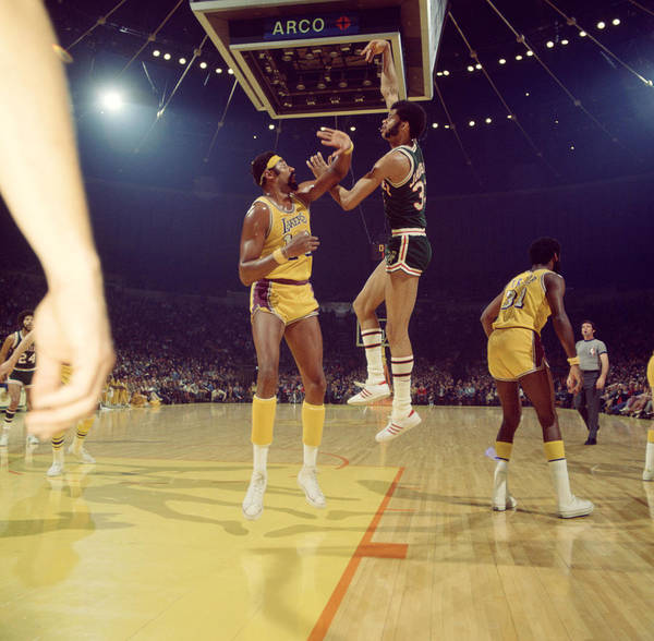 Marvin Newman Print featuring the photograph Kareem Abdul Jabbar by Retro Images Archive