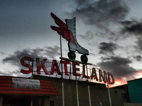 Memphis Print featuring the photograph Memphis - Skateland 001 by Lance Vaughn