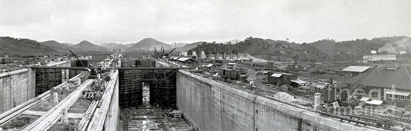 Technology Print featuring the photograph Panama Canal Construction 1910 by Photo Researchers