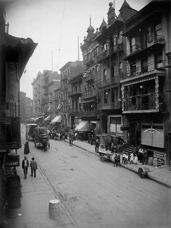 History Print featuring the photograph Mott Street In New York Citys Chinatown by Everett