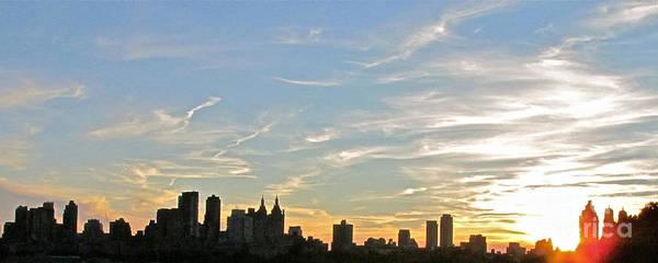 Sunset Print featuring the photograph New York Sunset 2 by Randi Shenkman