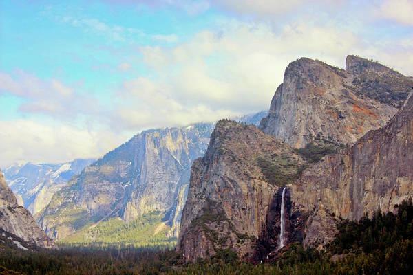 Horizontal Print featuring the photograph Yosemite National Park by Luiz Felipe Castro