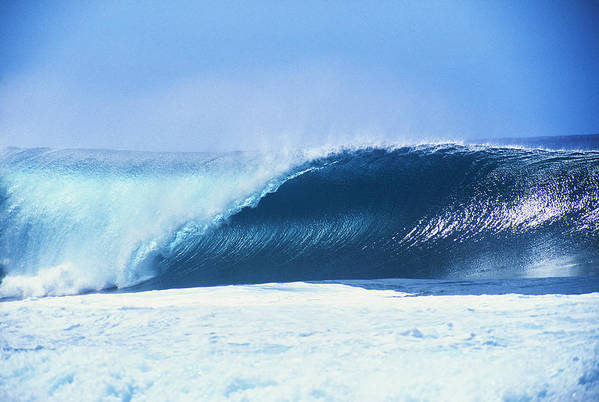 Amaze Print featuring the photograph Perfect Wave At Pipeline by Vince Cavataio - Printscapes
