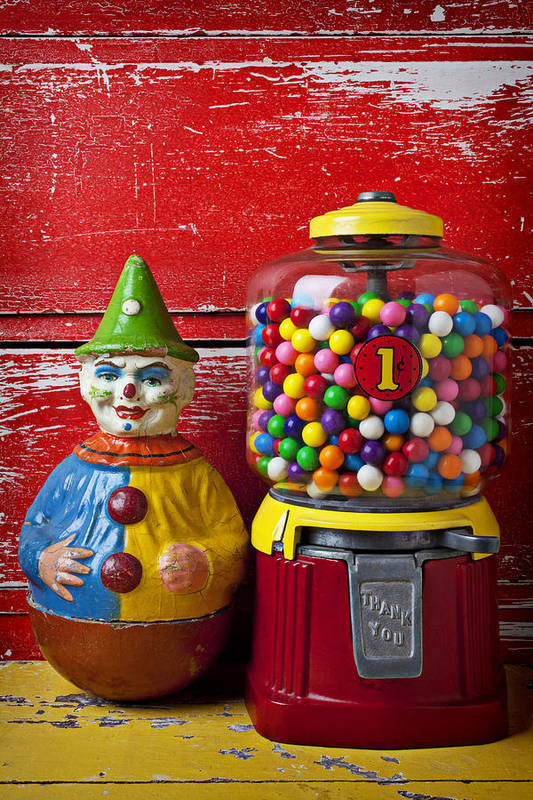 Old Clown Toy Print featuring the photograph Old Clown Toy And Gum Machine by Garry Gay