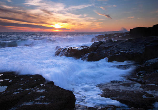 Maine Print featuring the photograph Schoodic Seas by Patrick Downey