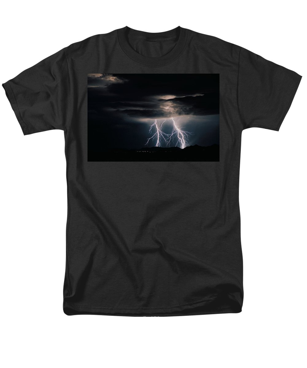 Arizona Men's T-Shirt (Regular Fit) featuring the photograph Carefree Lightning by Cathy Franklin